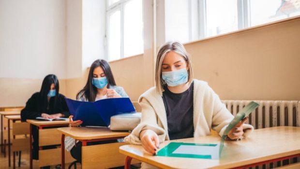 Maskenpflicht in der Klasse? Foto: Nenad Stojnev